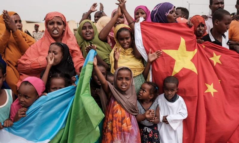 Приключения Китаянки В Африке
